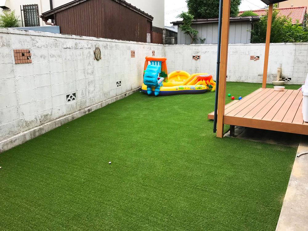 お庭のリフォーム 人工芝